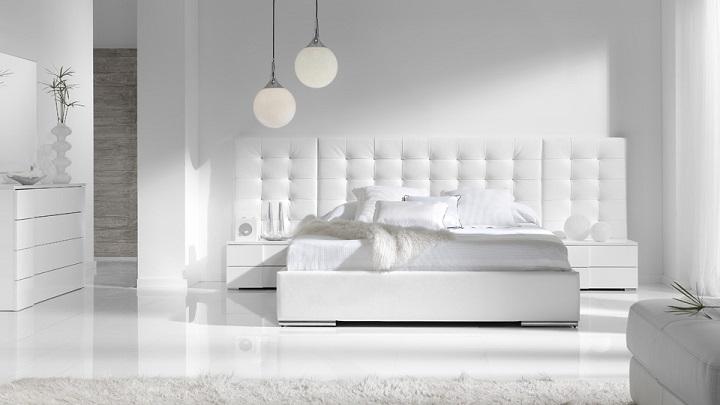 Consejos para decorar una cama en blanco for Cama blanca
