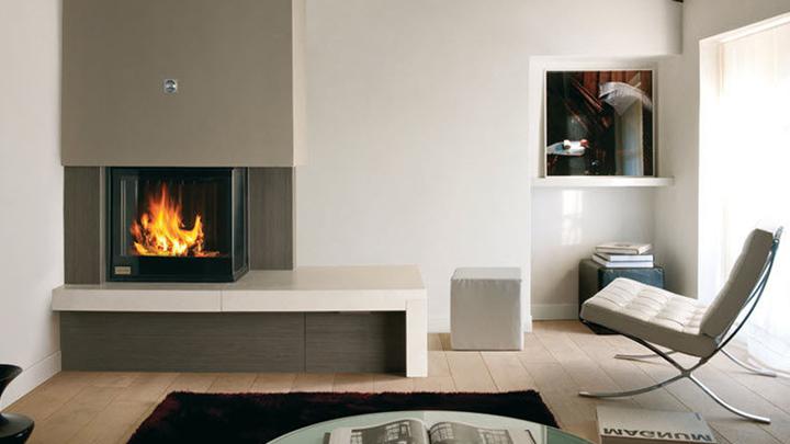 Consejos para una chimenea en el sal n for Muebles de salon con chimenea