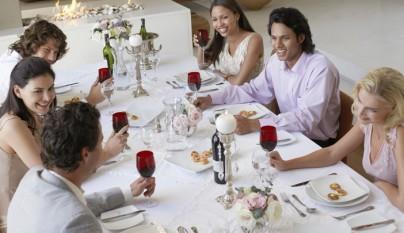 perfecto-anfitrion-consejos-recibir-invitados-casa4