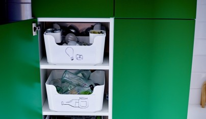 Ikea te lo pone f cil para que tengas una cocina ordenada for Cubos de reciclaje ikea