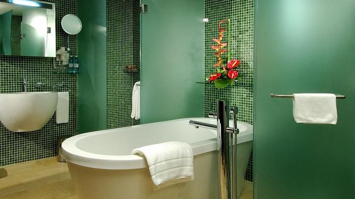 Fotos de ba os de color verde for Cuartos de bano verdes