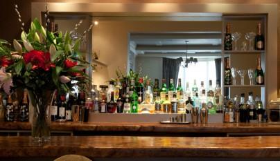 ideas-crear-decorar-bar-en-casa