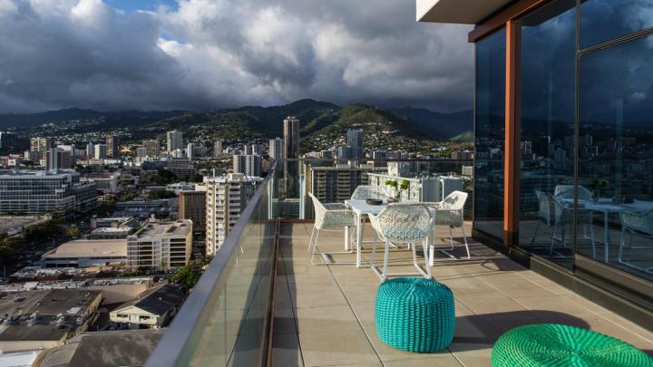 Atico Honolulu terraza