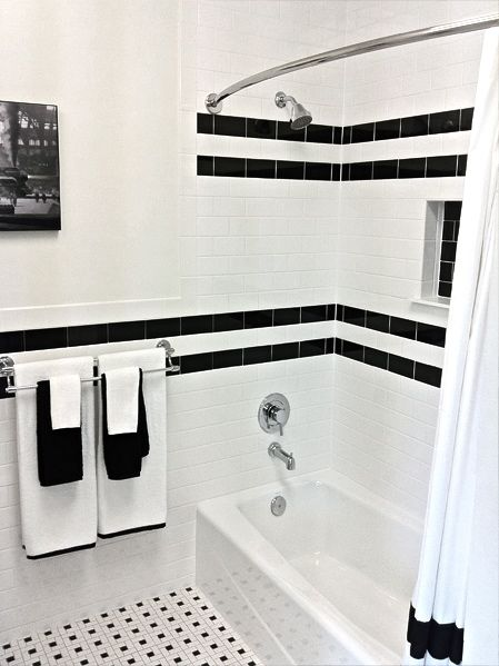 Blanco y negro bano4 for Bathroom ideas with black and white tile
