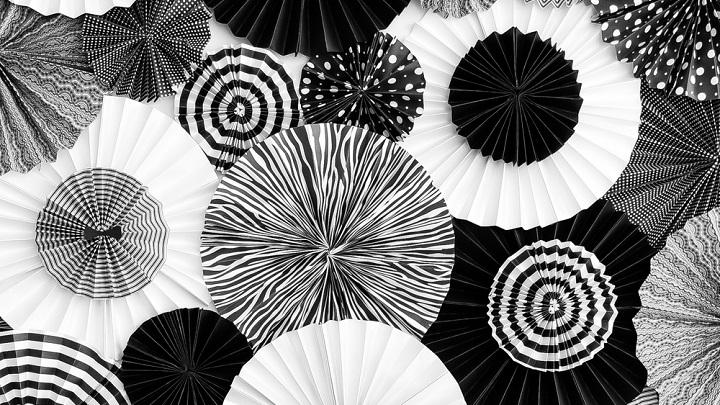 Decorar una fiesta en blanco y negro