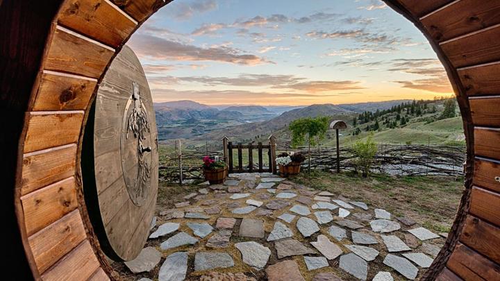 la-increible-decoracion-de-una-casa-hobbit-en-estados-unidos4
