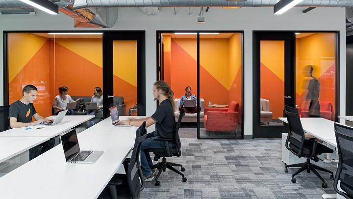 oficina-naranja