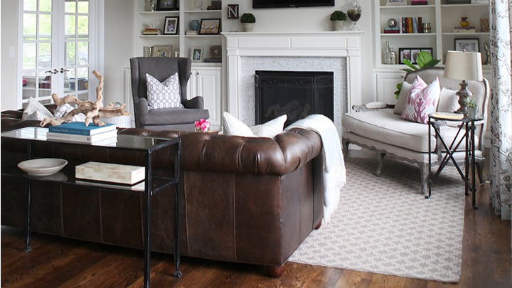 Un sof chester y cuatro estilos de sal n for Sofa tipo chester