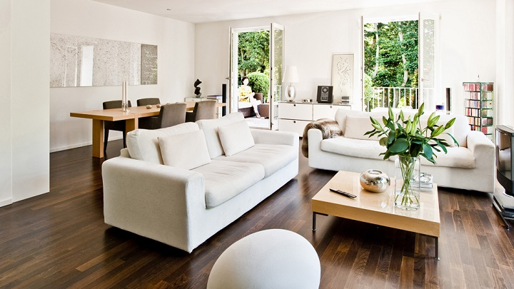 salon-sofa-claro