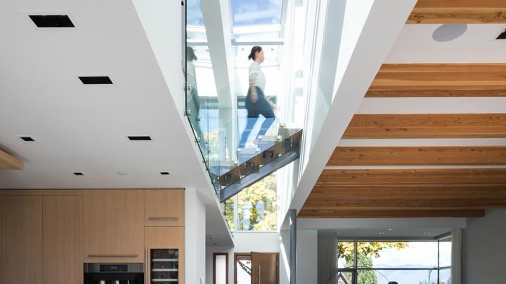 Casa-Vancouver-escaleras