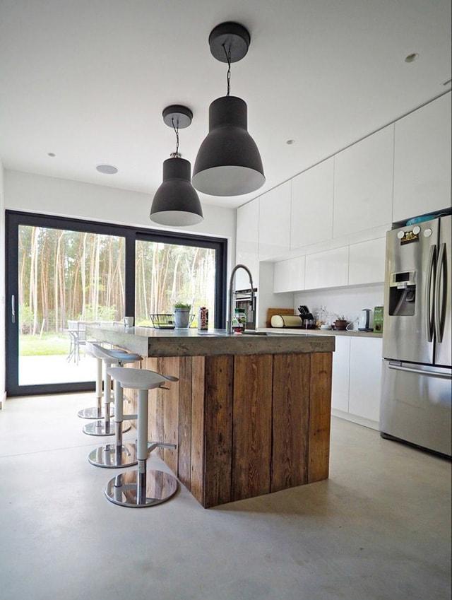 Cocina blanca madera19 for Cocinas de madera blanca