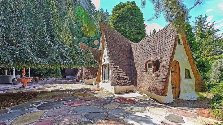 la-casa-de-blancanieves-existe-y-esta-en-washington