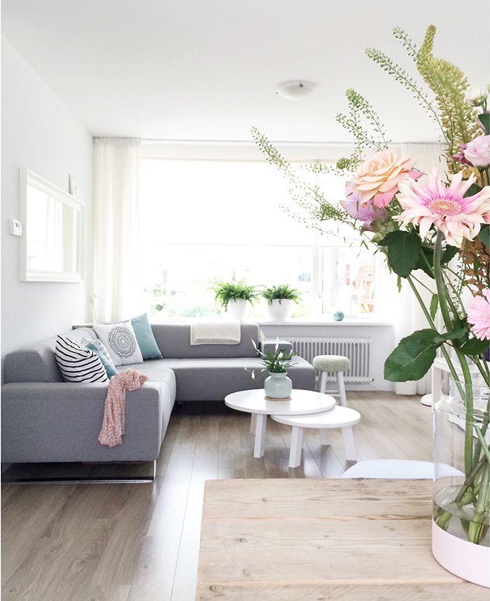 Salon blanco y gris17 for Decoracion de salones en blanco y gris
