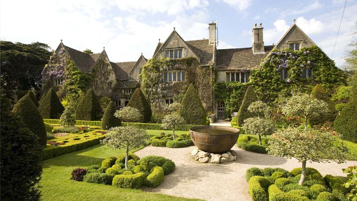 la-impresionante-casa-abbey-house-en-inglaterra