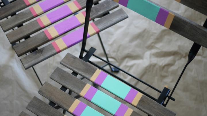Sillas-pintadas-colores-2
