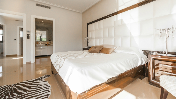 dormitorio-blanco-madera