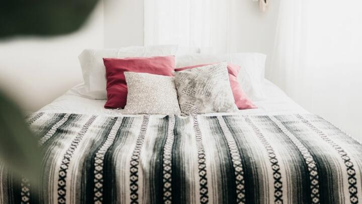 dormitorio-cojines