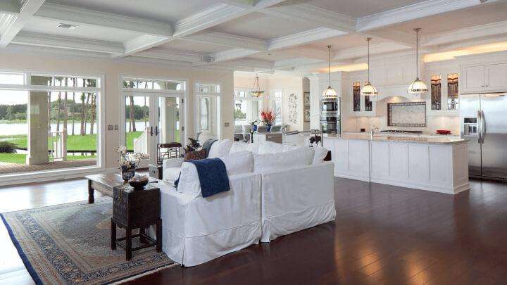 salon-cocina-blanca