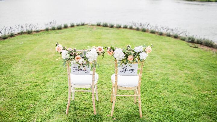 sillas-boda-al-aire-libre
