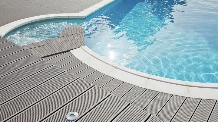 tarima-para-piscina