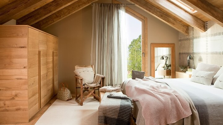 dormitorio-con-muebles-de-madera