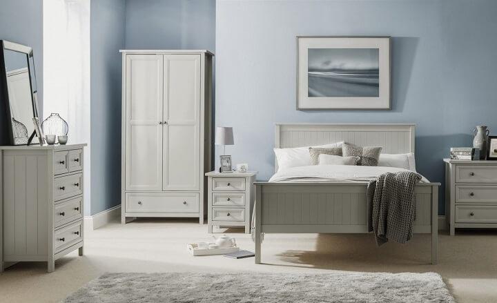 dormitorio-gris-compensado