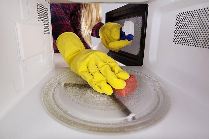 limpieza-microondas
