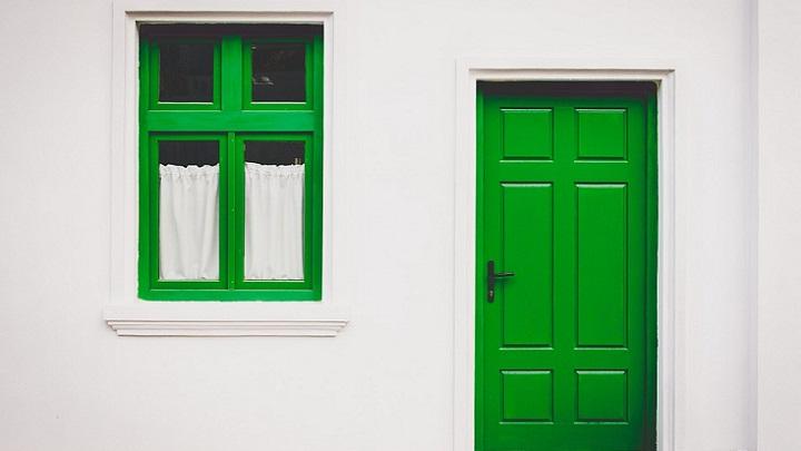 puerta-verde