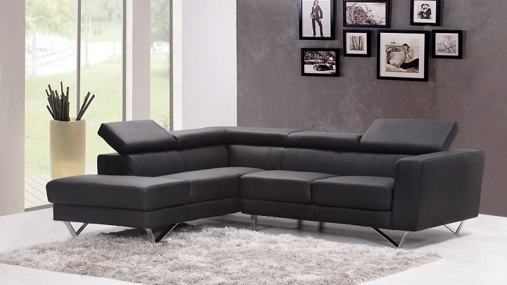 sofa-en-color-negro