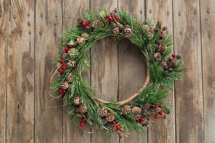 corona-de-Navidad-tipica