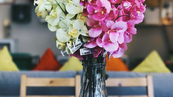 flores-rosas-y-amarillas