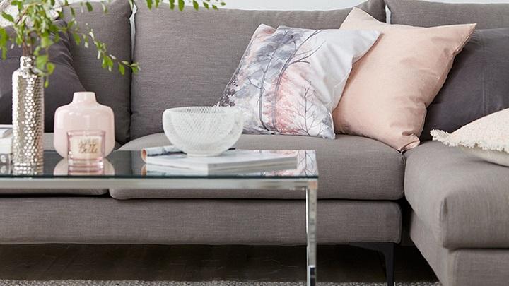 sofa-mesa-y-cojines
