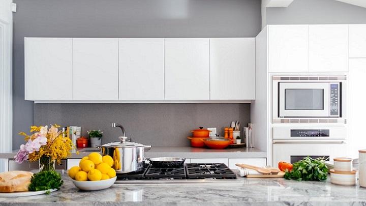 cocina-moderna-en-blanco