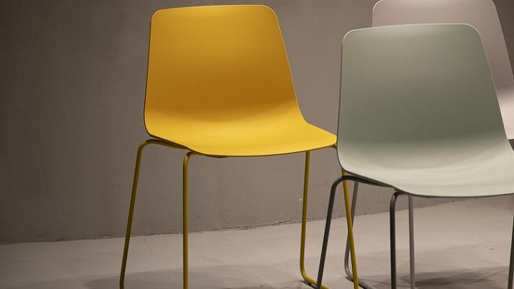 sillas-de-colores