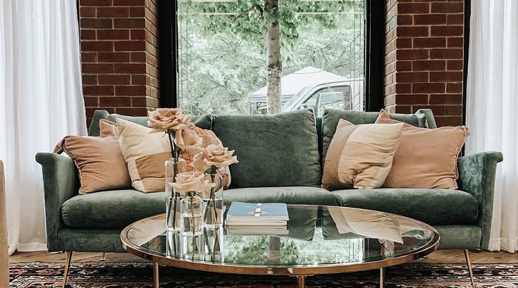 sofa-en-color-verde