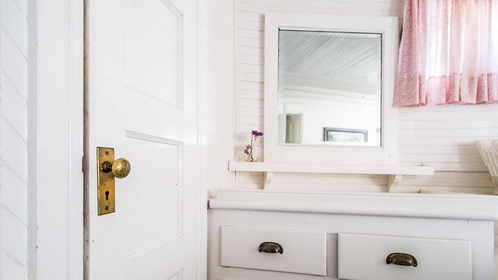 puerta-lacada-en-blanco