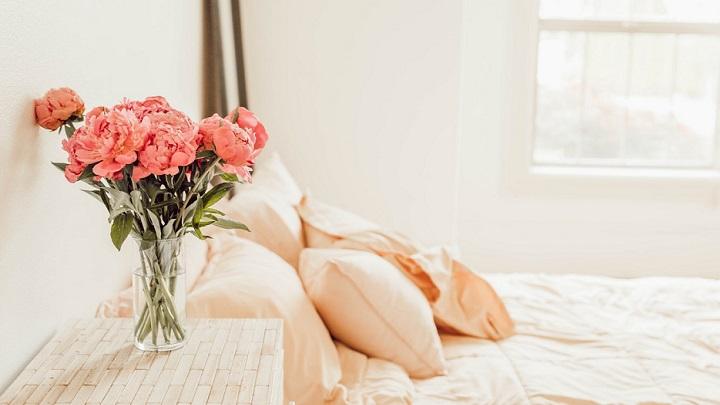 flores-en-el-dormitorio