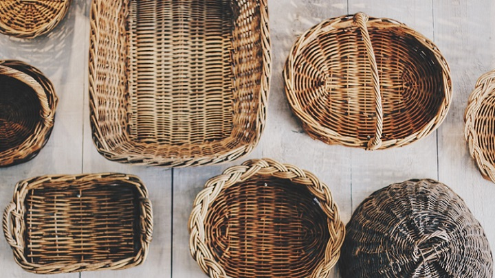 varias-cestas-de-mimbre