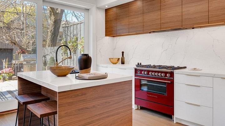 cocina-de-madera-con-isla