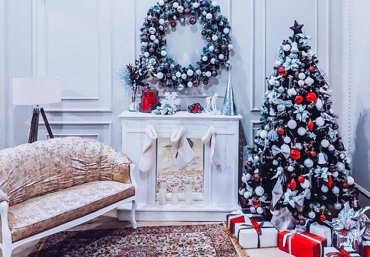 decoracion-de-navidad-en-la-chimenea