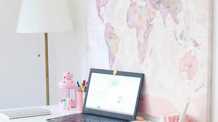mapamundi-en-el-escritorio