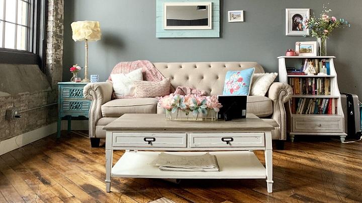 sofa-y-muebles-en-salon
