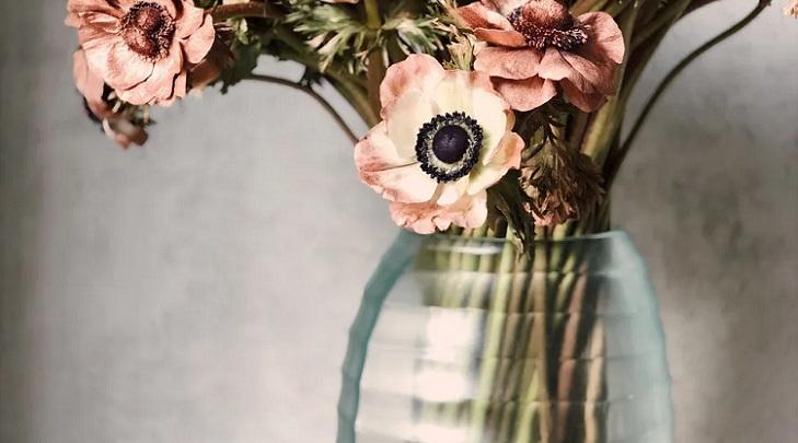 jarron-con-flores-bonitas