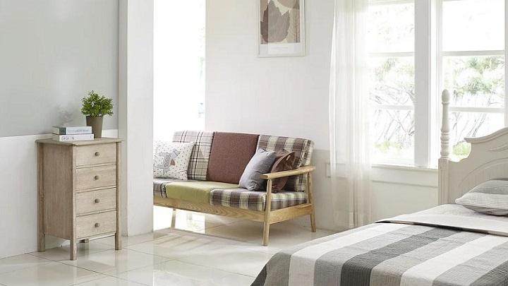 mueble-con-cajones-en-el-dormitorio