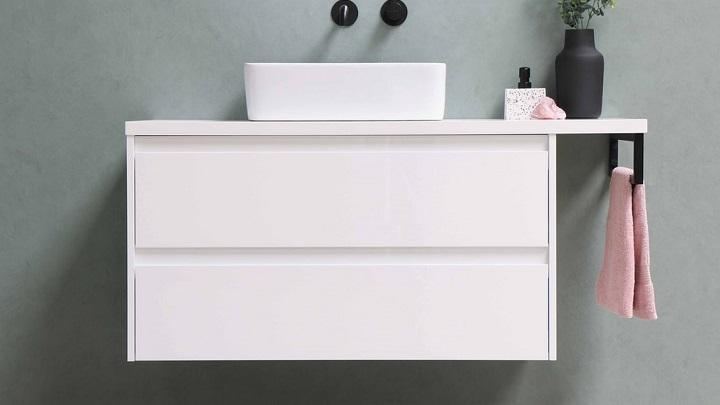 mueble-de-bano-suspendido-de-color-blanco