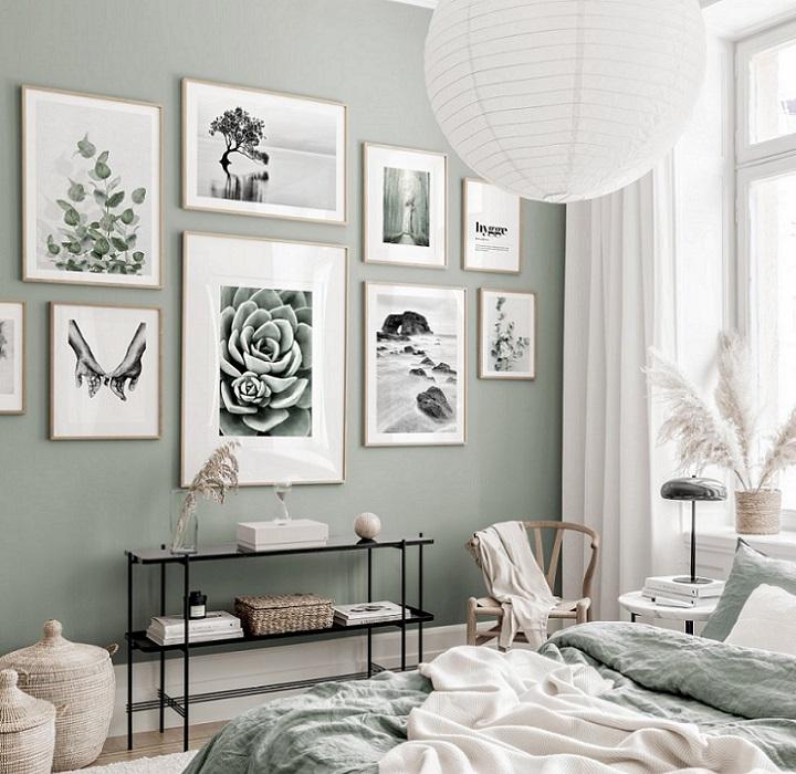 mural-de-cuadros-en-dormitorio
