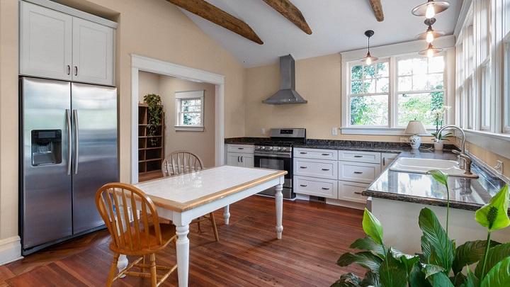 decoracion-de-cocina-con-ventana