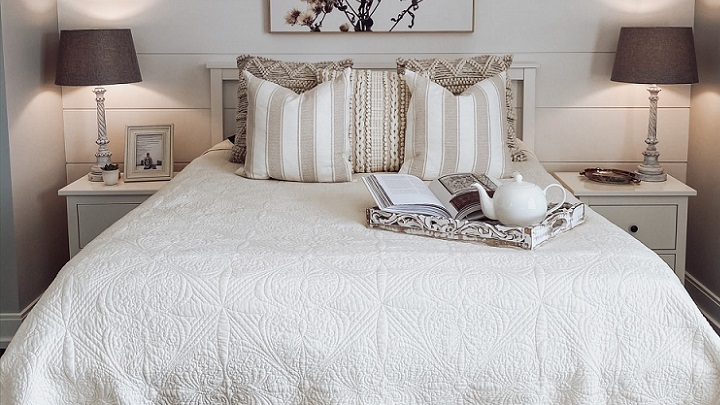 dormitorio-en-color-beige