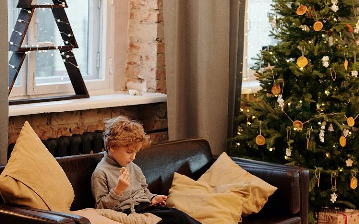 arboles-de-navidad-en-el-salon