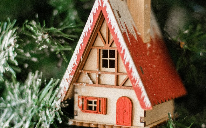 casita-para-decorar-arbol-de-navidad